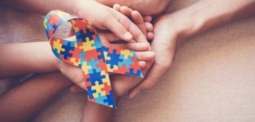 15 признака за аутизъм при децата